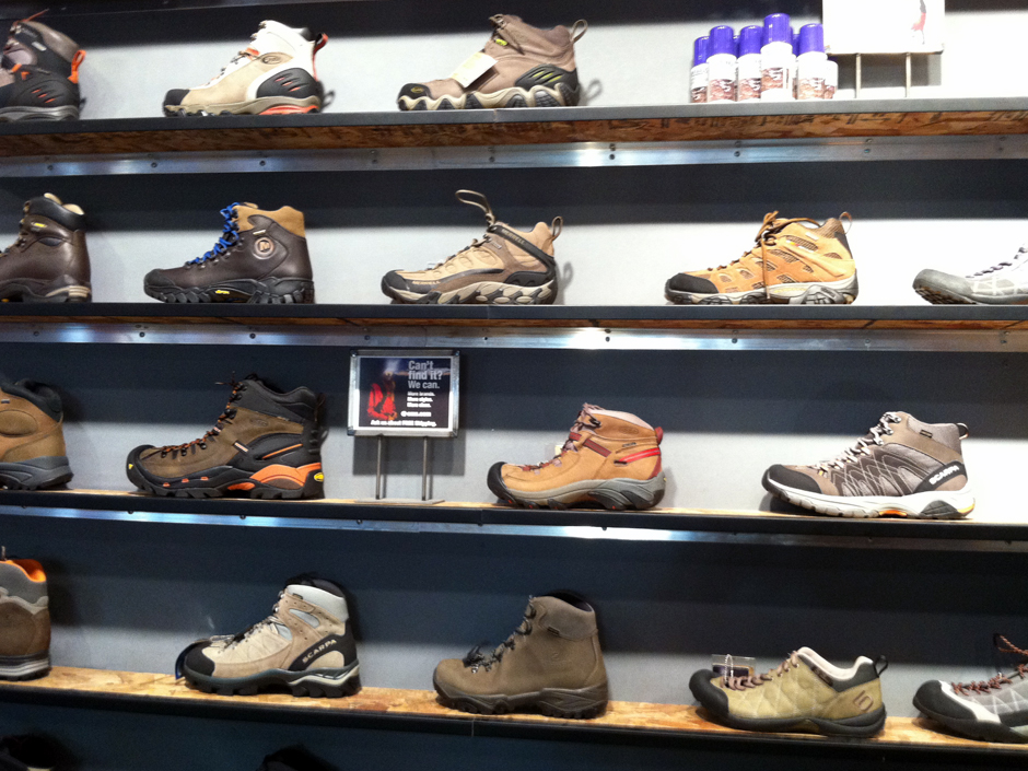Buy Hiking Boots Online in Canada